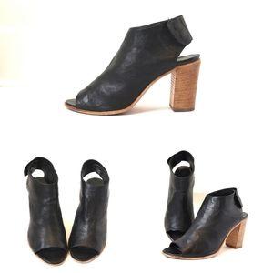 100% Leather Vero cuoio open toe shoes
